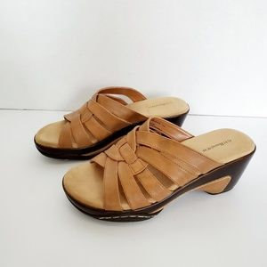 G.H. Bass & Co. Womens Leather Wedges Size 7.5
